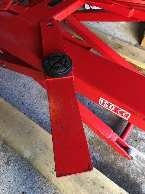 SJR Scissor lift 3.jpg