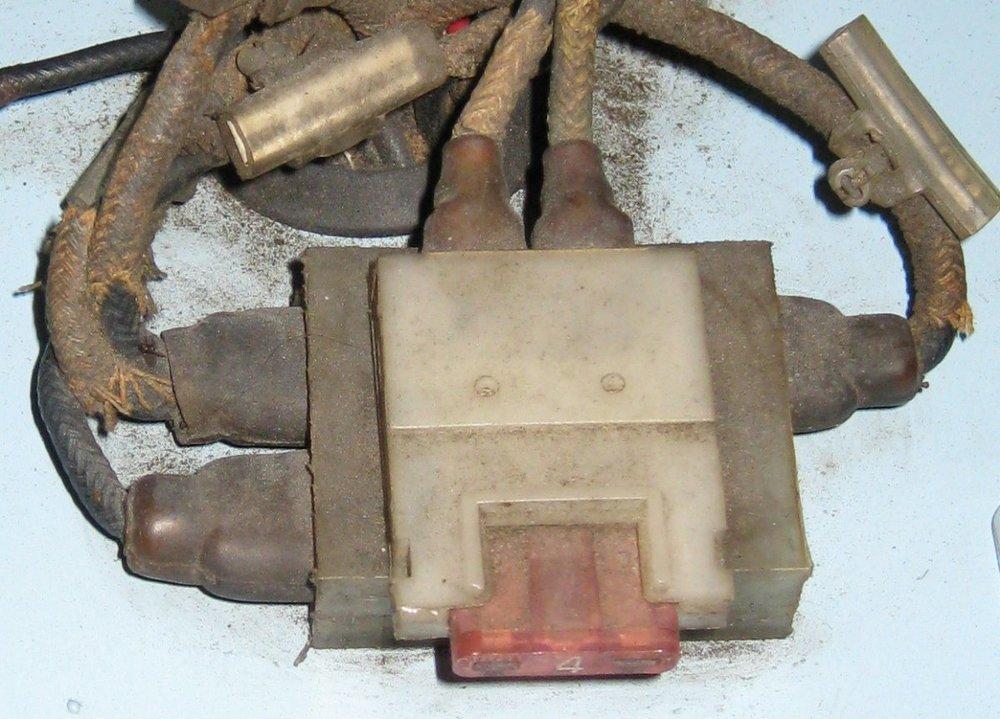 Connector blocks 4VC.jpg