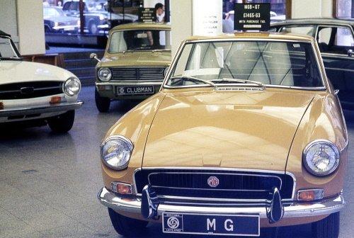 1972_BLTaxFree_41-46-Piccadilly.jpg.799ece394c20261a0ed7fedc4d1d18a2.jpg