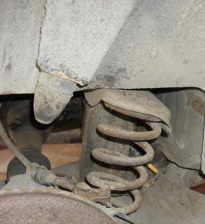 rear suspension_RHS.jpg