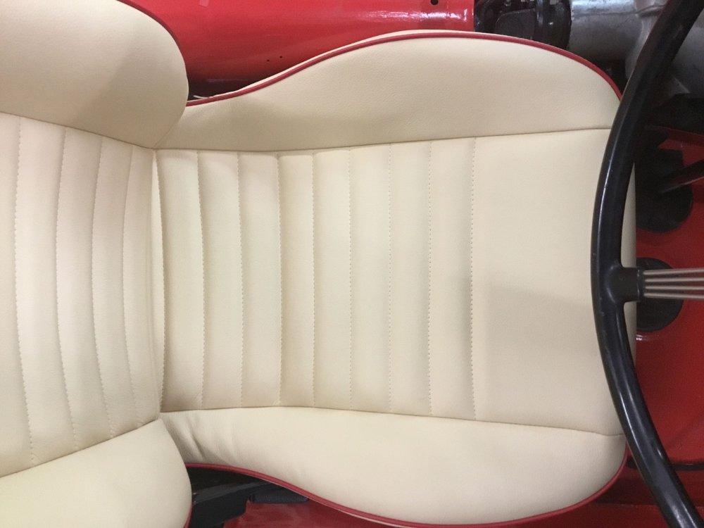 MX5 seats2.jpg