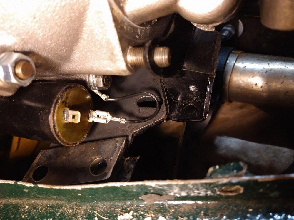 TR trader gearbox bracket.jpg