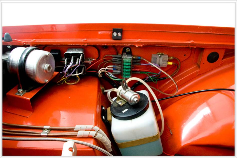 post 9014 0 81390700 1300982663 flasher location triumph tr6 on ford mustang wiring diagram