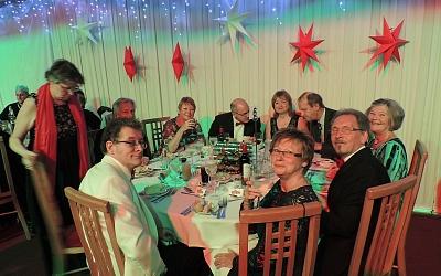 Table 6 where the posh me,mbers sat