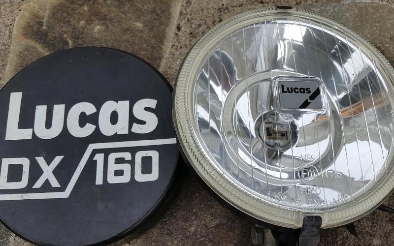 3A Lamp Bar + 2 Lucas DX160 Spot Lamps