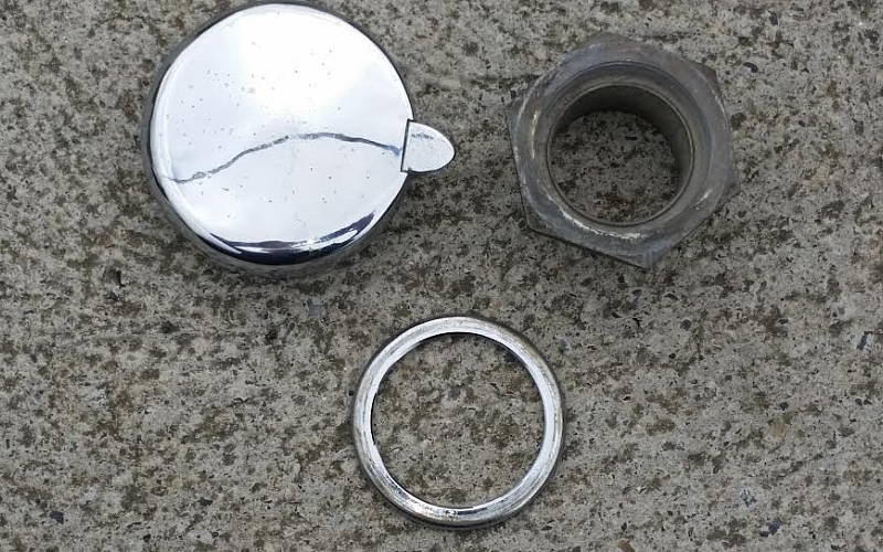 Fuel cap with extension plus chrome escutcheon for TR2/3/3A/3B.