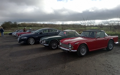 28/01/2018 Breakfast at The Stag, Haughley  ~ We were join by Ian Cowan in his red TR4A as well as Vic and Suzanne Russo their very nice green TR3.