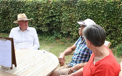 Andrew, Rob & Sue enjoying a chat