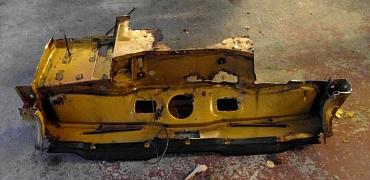 TR6 CP 1970 (20) removal of bulkhead, A & B posts