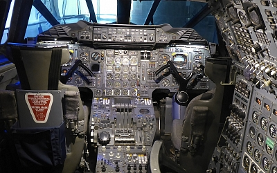 Snug Flight Deck