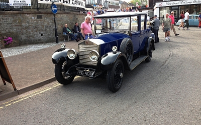 Old Rolls Royce in town centre