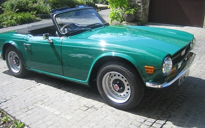 Alan Jones TR6