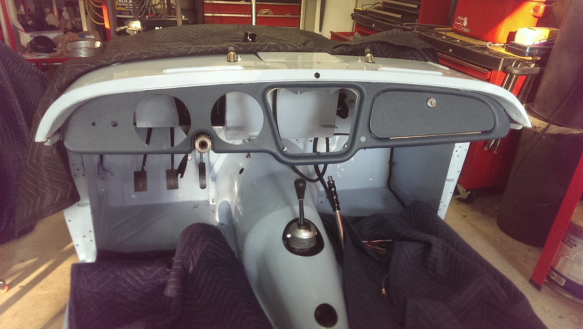 1960 TR3a Restoration - Starting re-assembly including the dashboard.