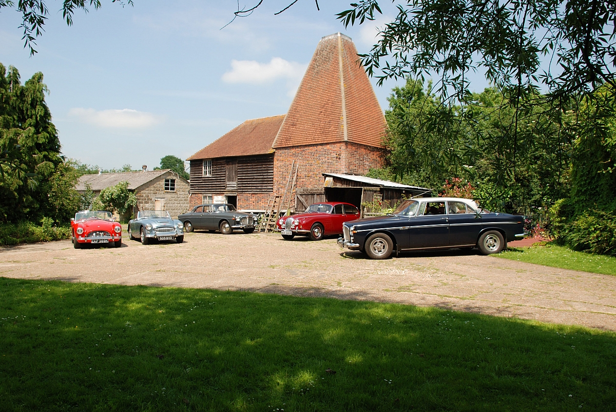 Kent Group | Darling Buds Classic Car Show
