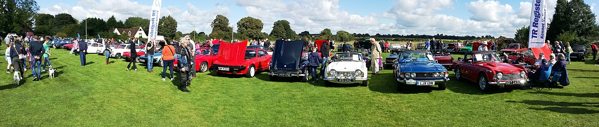 Strong TR Register attendance at Shalbourne Classic Car Show