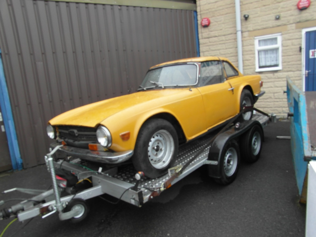TR6 CP 1970 (01) in Safron Yellow, as it was when I picked it up
