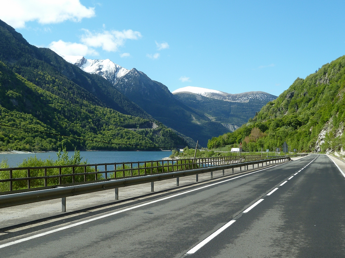 TR Tours to the Pyrenees June 2018