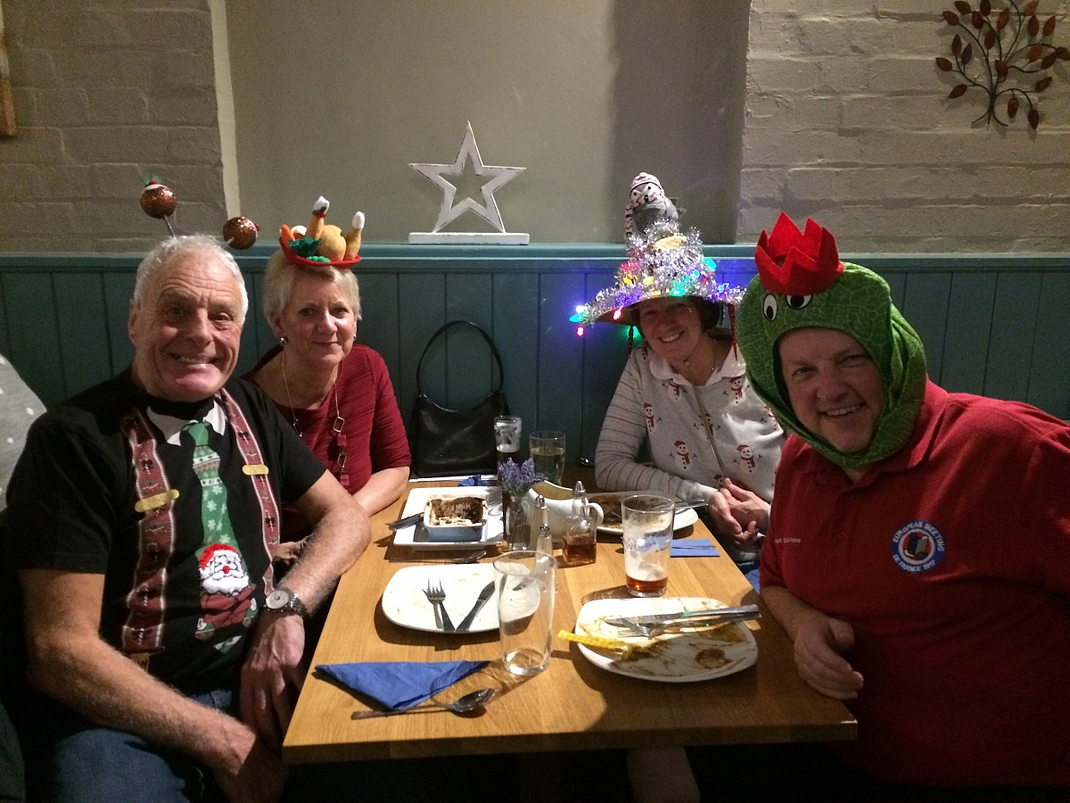 Hats off to the Leicestershire TR Group skittles and nosh evening