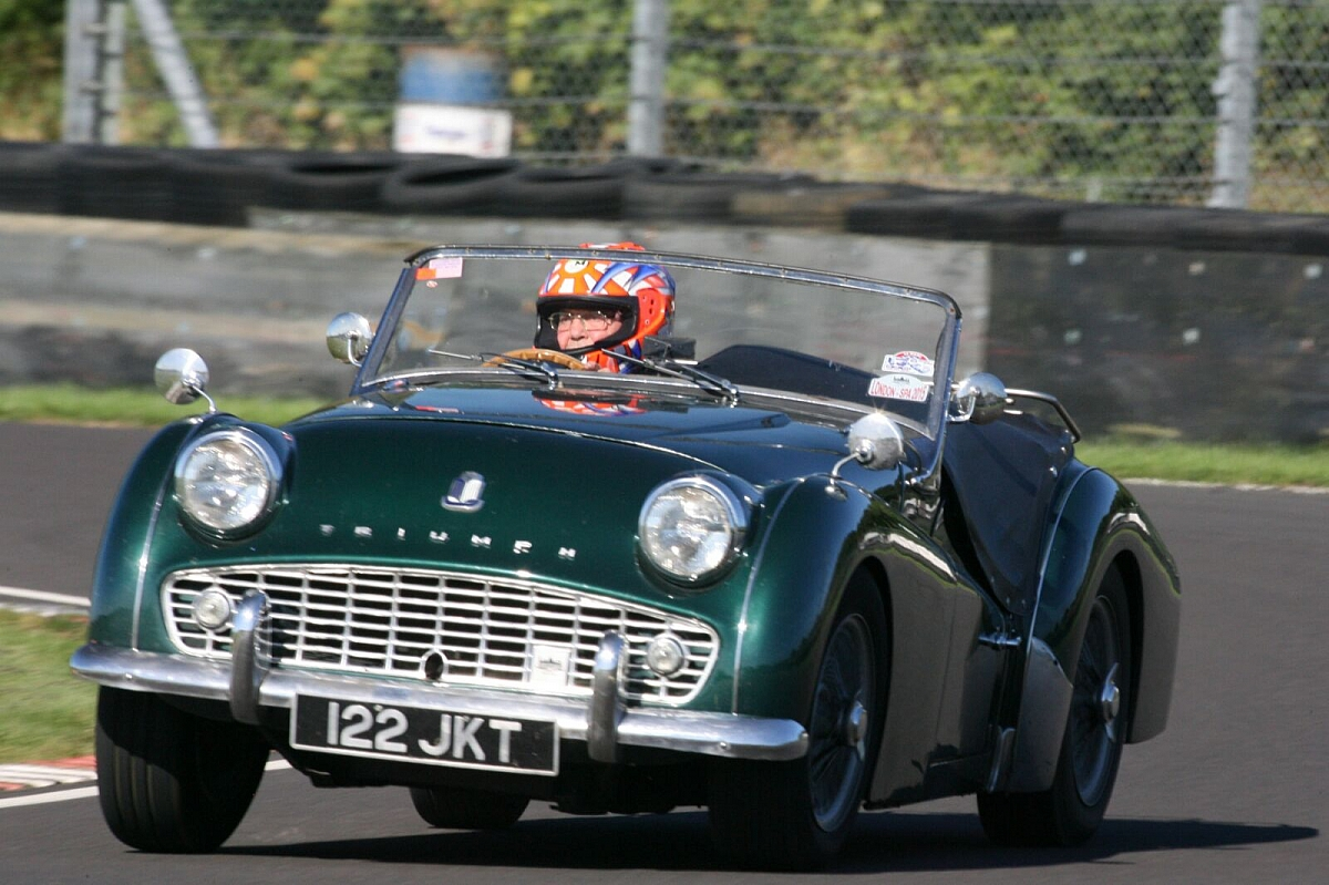 London Group Castle Combe Track Day Wednesday 4th April 2018