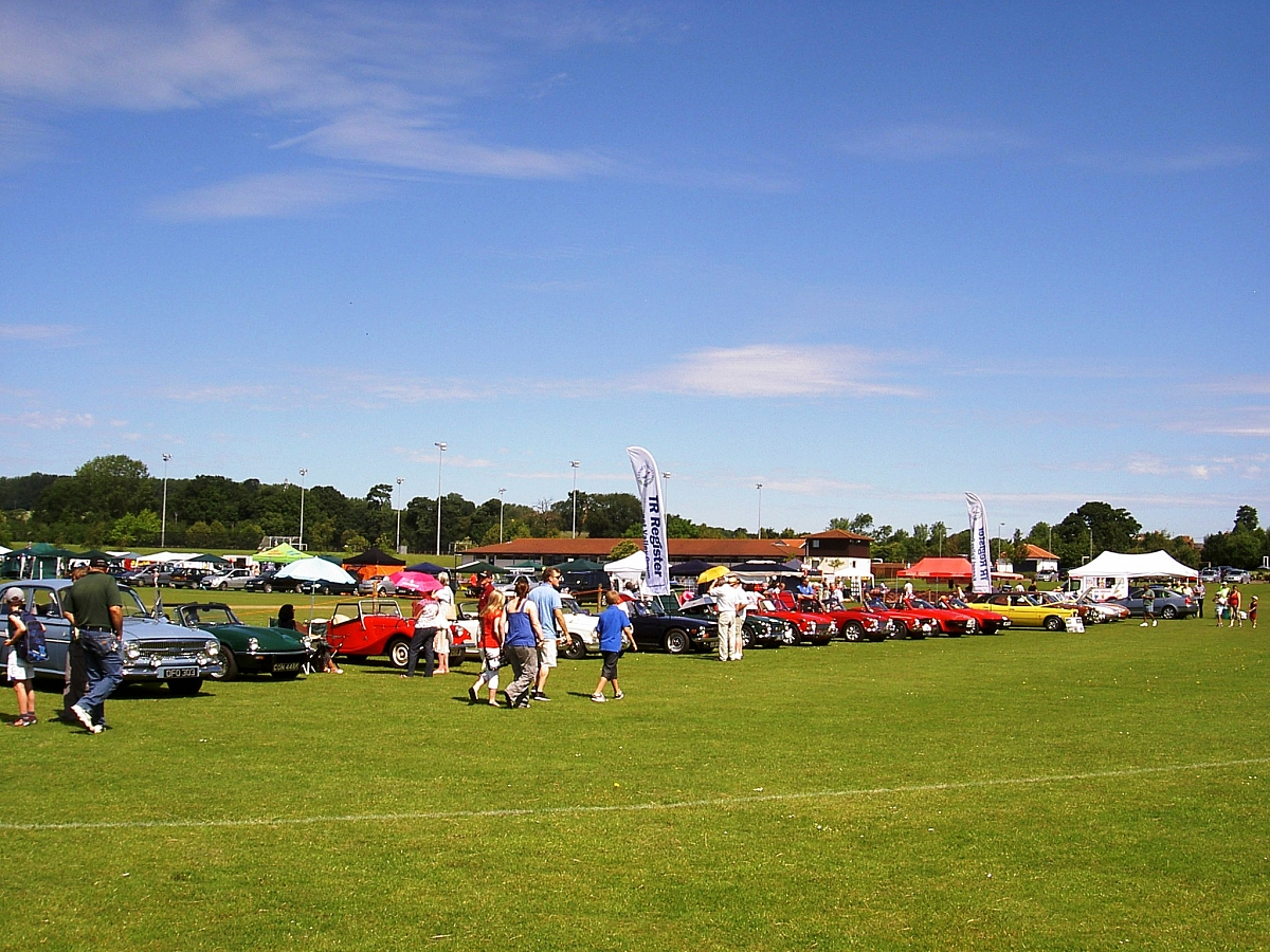 Kennet Valley TR Group to attend the 10th Thatcham Summer Classic Car Show