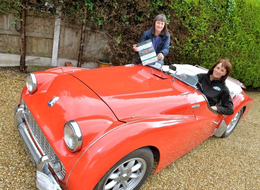 The Wharf Classic Car Meet In Memory Of Simon Beresford - Classic car meets near me