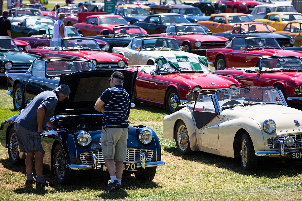 ​The sun shines on a superb TR International Weekend at Lincolnshire Showground