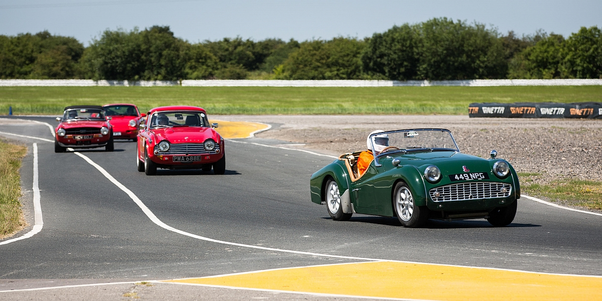 Blyton Park Trackday: A personal account by Richard Durrant