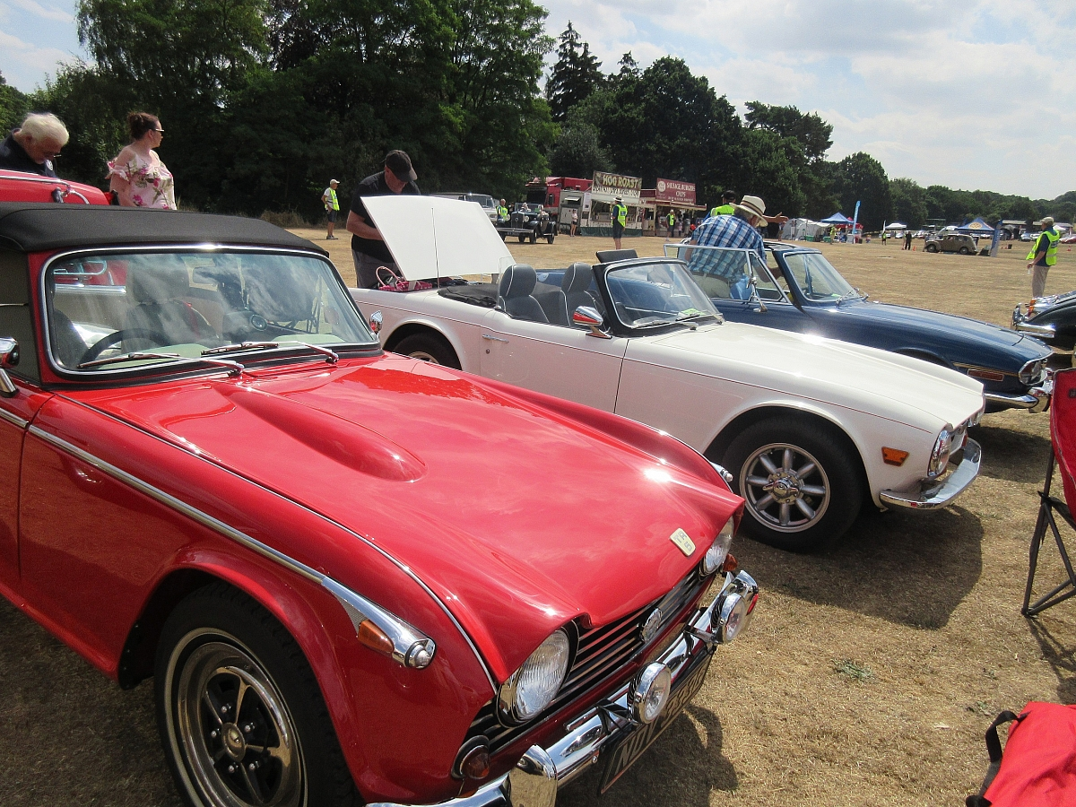 Kennet Valley TR Group attend Harpendon Classic Show