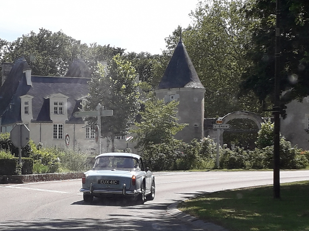 Kennet Valley TR Group enjoy France and Rally des Tours, Chinon