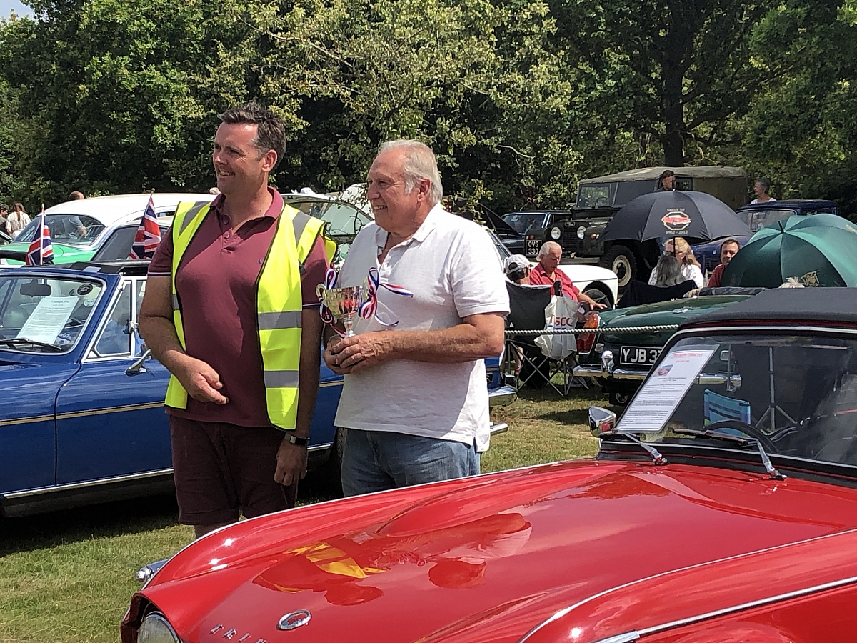 GREAT DAY OUT AT NOTCUTTS CLASSIC CAR SHOW