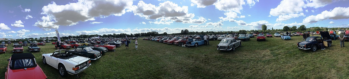 Kennet Valley TR Group enjoy the International Triumph Weekend and prizes are won!