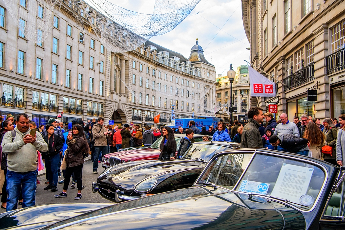 Kennet Valley TR Group to visit Regent Street to celebrate CLASSIC CARS MILESTONE BIRTHDAYS