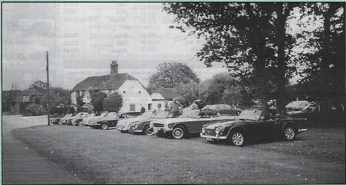 Classic Cars at the George and Dragon, Wolverton Towns End